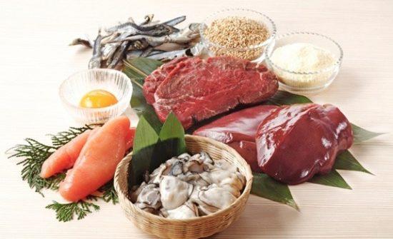 牡蠣やレバー、大豆に卵などの魚・肉・豆・乳製品類に多く含まれる亜鉛
